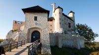 Zamek Bobolice - brama wjazdowa