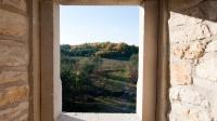Zamek Bobolice - widok w kierunku zamku w Mirowie